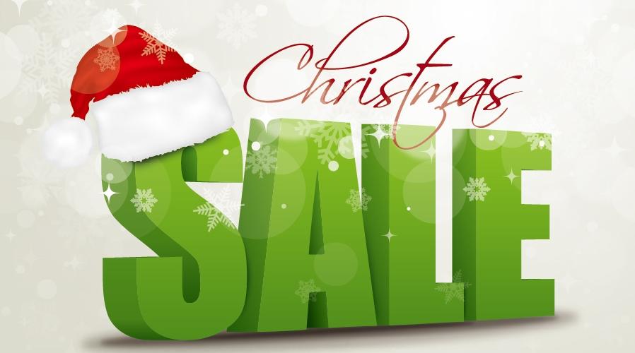 サンタの帽子とクリスマス・セールの立体文字 Christmas hats three-dimensional character イラスト素材